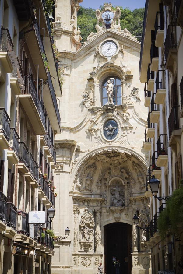 Eglise dans la vieille ville de san sebastian Espagne