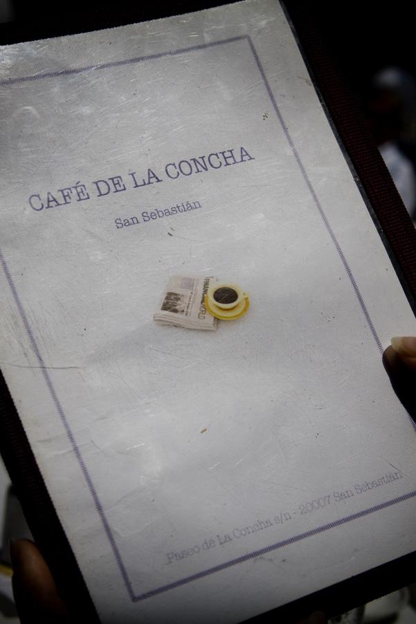 café de la Concha au bord de l'océan atlantique à san sébastian