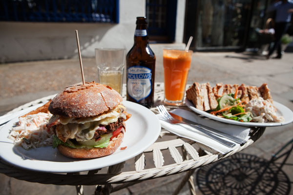 Burger complet & Club sandwiche chiken