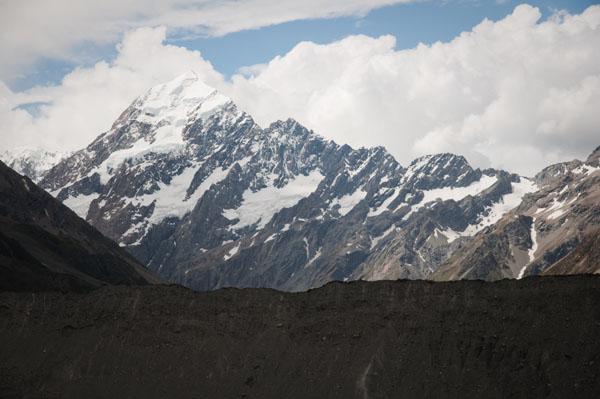 Zoom sur le glacier de Mont Cook en Nouvelle-zélande