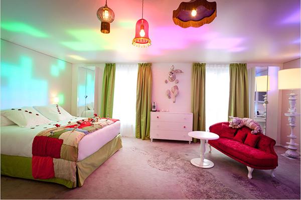 Visite des suites du boutique h tel seven paris for Boutique hotel gargano