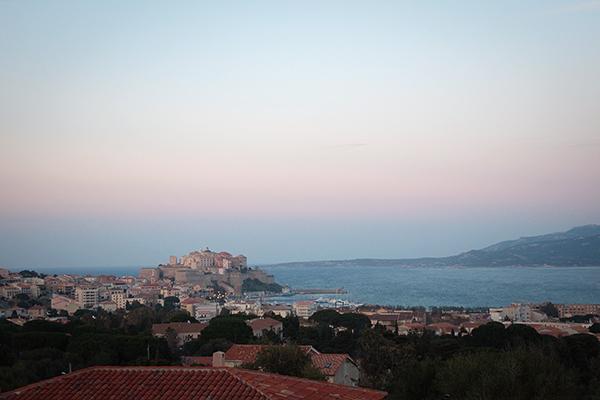 Coucher du soleil sur la Citadelle de Calvi en Corse