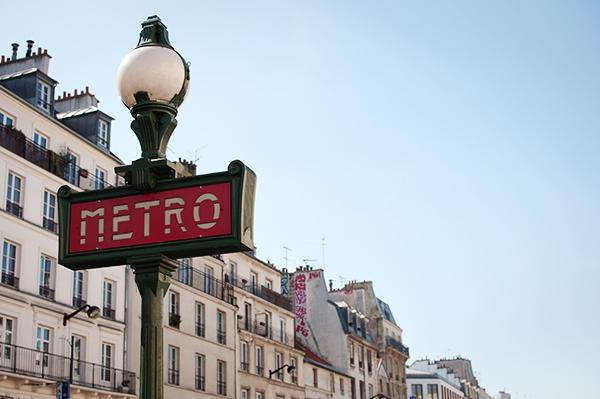 Le ciel de paris est bleu