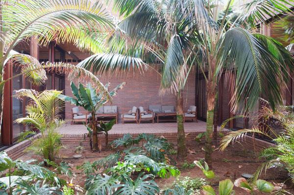 Un jardin intérieur de repos du Spa de l'Hôtel Porto Santo