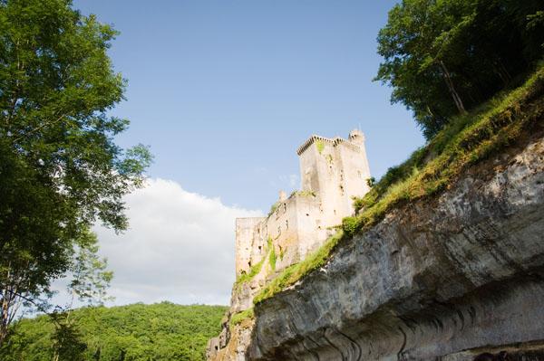 DSC 5030 Commarque, un château suspendu dans le temps