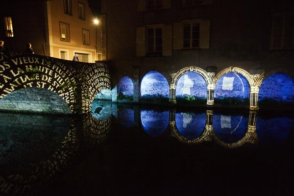 Un pont au bord de l'Eure