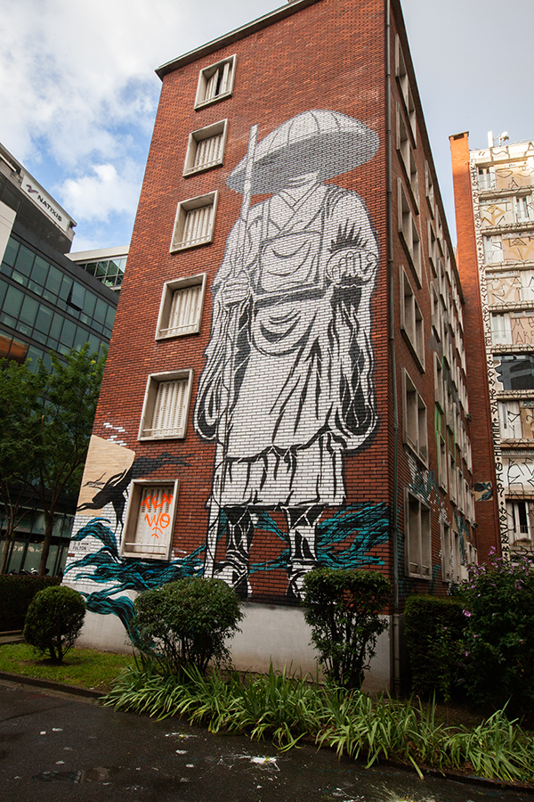 La Tour Paris 13 avec fresque murale de Stew