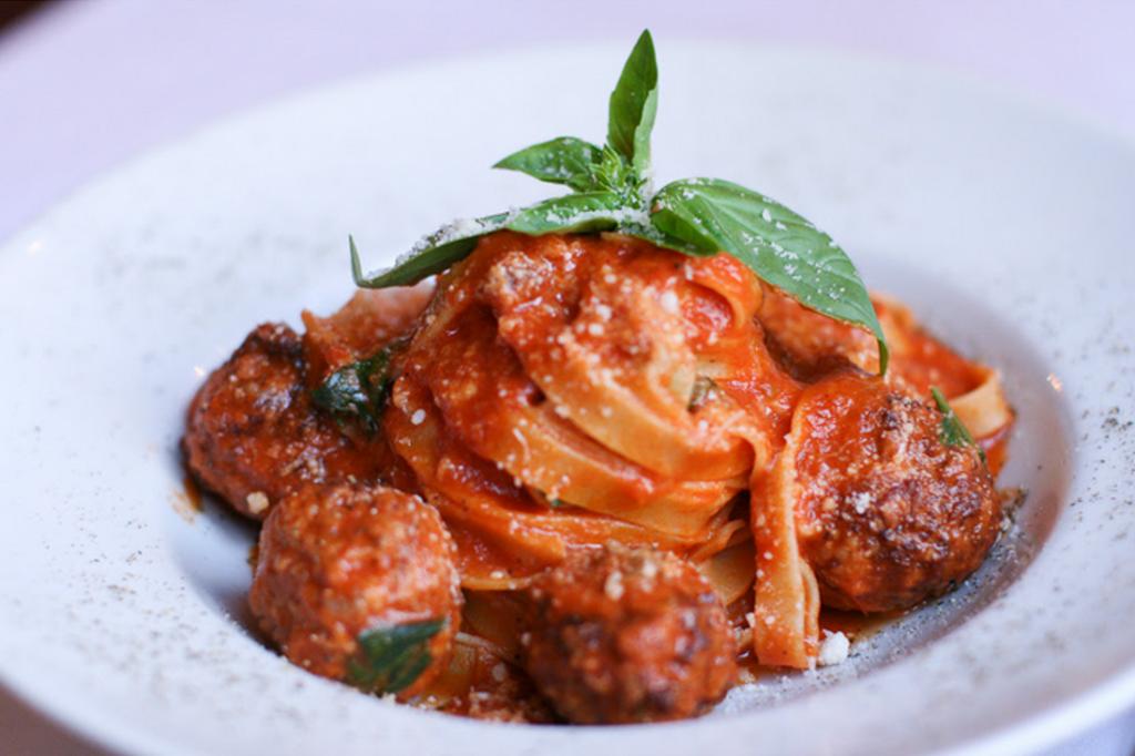 La Rosa - Tagliatelle aux boulettes de veau maison et sauce tomate du Chef
