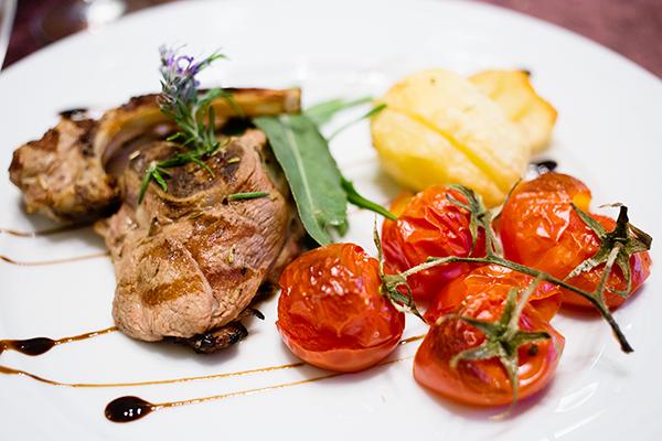 La gastronomie italienne - cuisine savoureuse faite de produits locaux