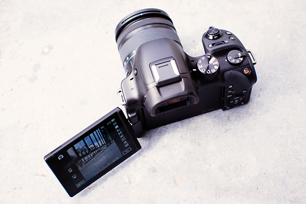 Samsung Smart camera NX30
