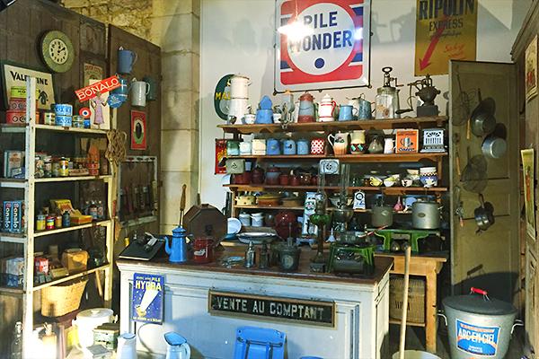 Musée des commerces d'autrefois à Rochefort - Bazar
