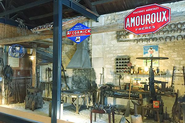 Musée des commerces d'autrefois à Rochefort - Forge