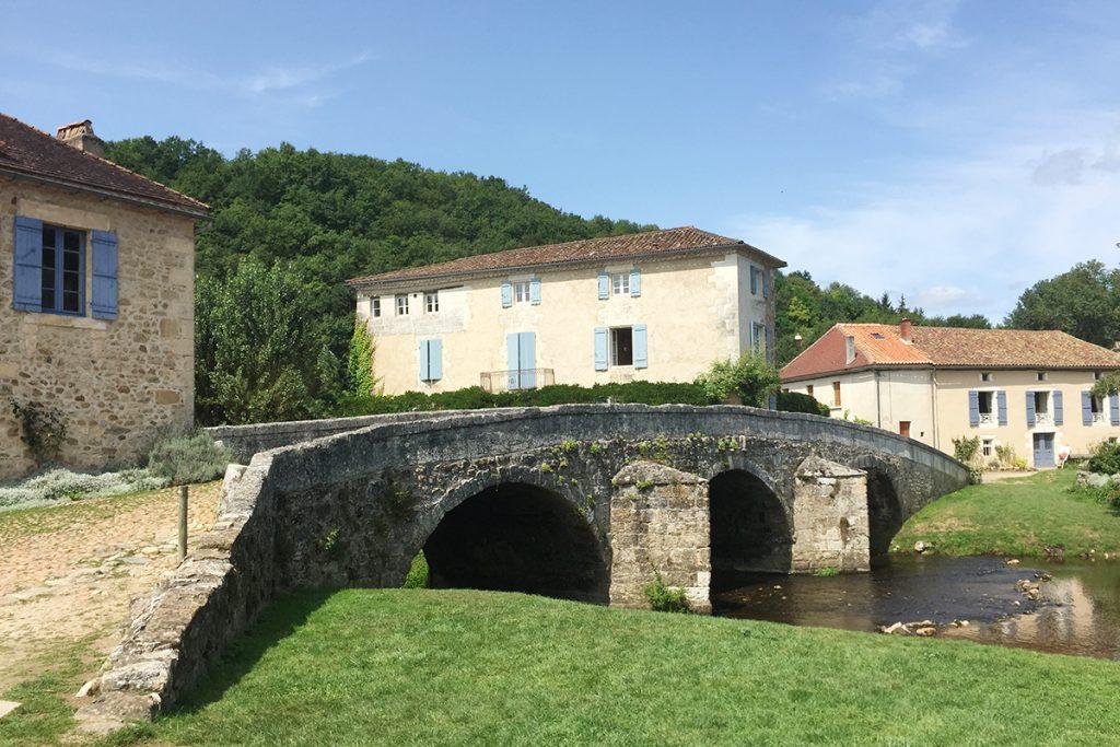 Le pont à Saint-Jean de Cole, Dordogne